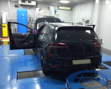 VW Golf 7R 2.0 TSI Stage2+ Race version – Subzero's World record @ Yas Marina