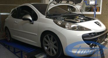 Peugeot 207 RC 1.6T with a K04 hybrid turboand 95RON fuel, running an etuners Stage4 Remap