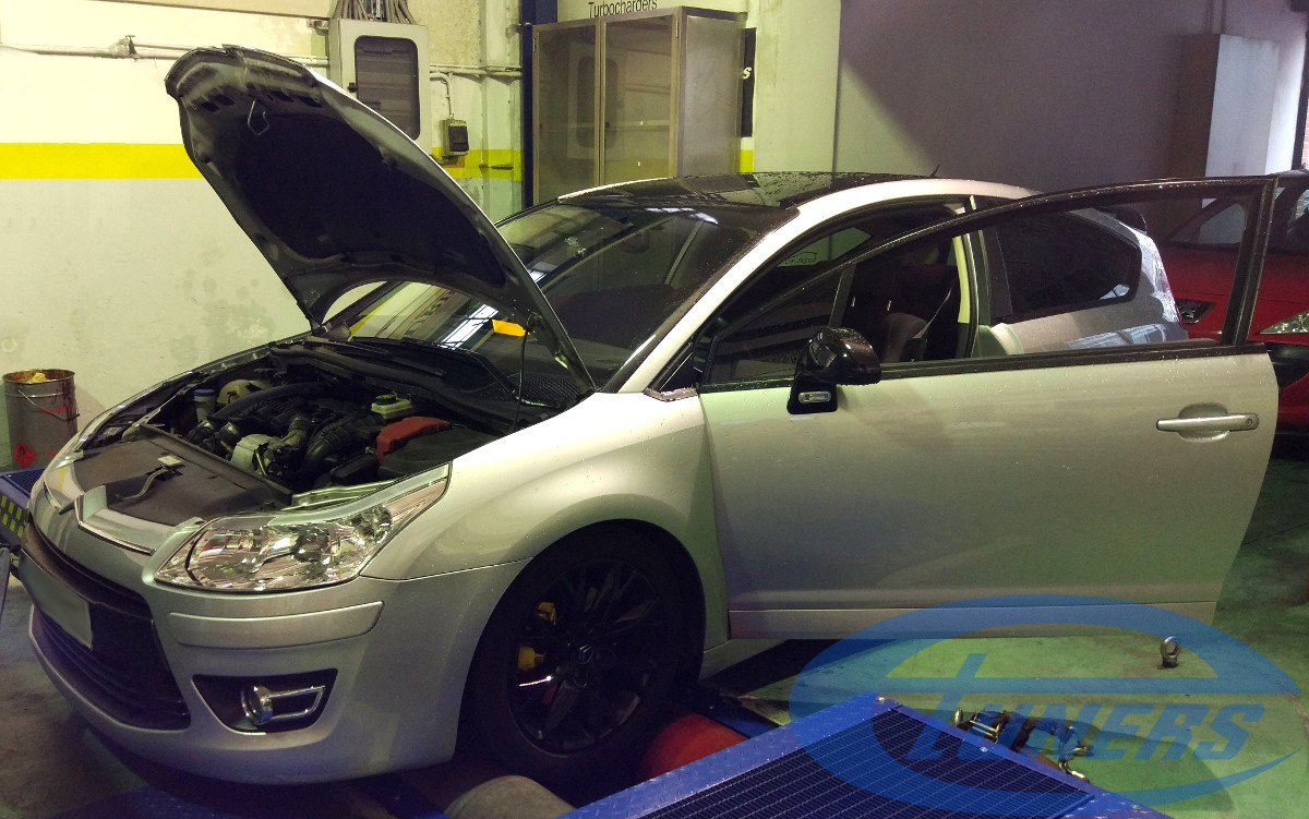 Citroen C4 VTS with a DS3 Racing / 207RC turbocharger and an Etuners Stage3 ECU remap on MAHA LPS3000 dyno