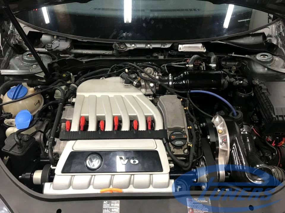 VW Golf 5 R32 VR6 – Stage3+ (Carlicious supercharger kit at