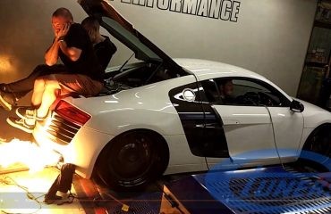 Audi R8 turbo on dyno, throwing flames