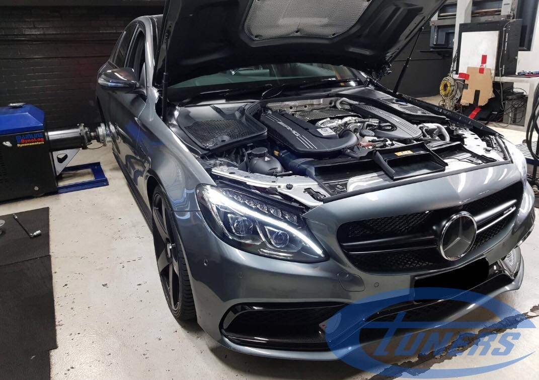Testing a Mercedes C63S AMG 40TT with hybrid turbos and an Etuners custom ECU remap
