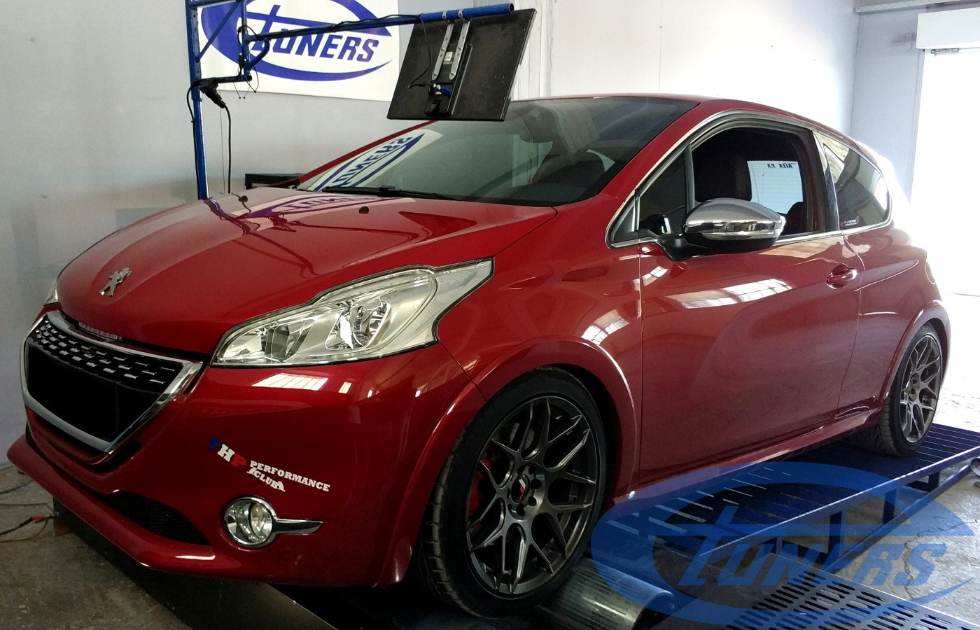 Peugeot 208 GTI 1.6T THP200 - Etuners stage4 hybrid 98ron