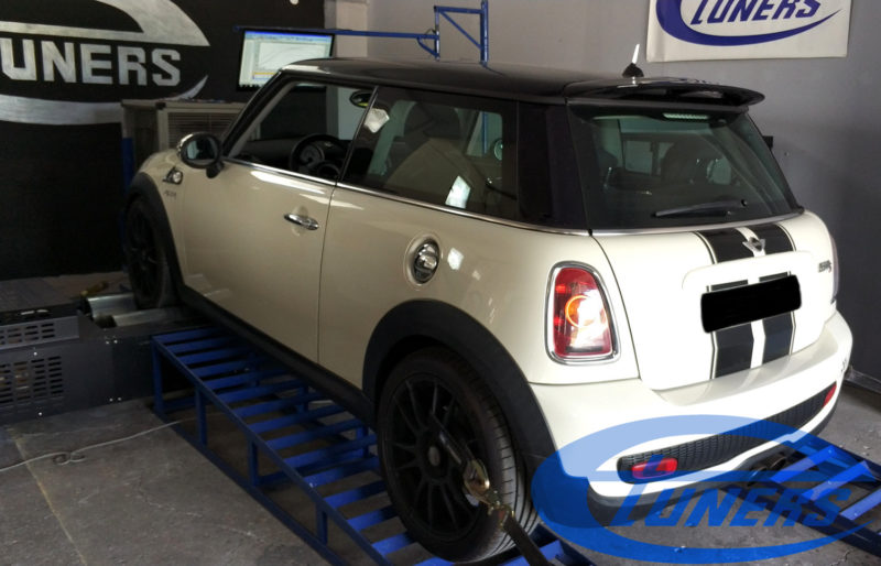 Mini Cooper S R56 1.6T - Etuners Stage4 hybrid turbo + map switching