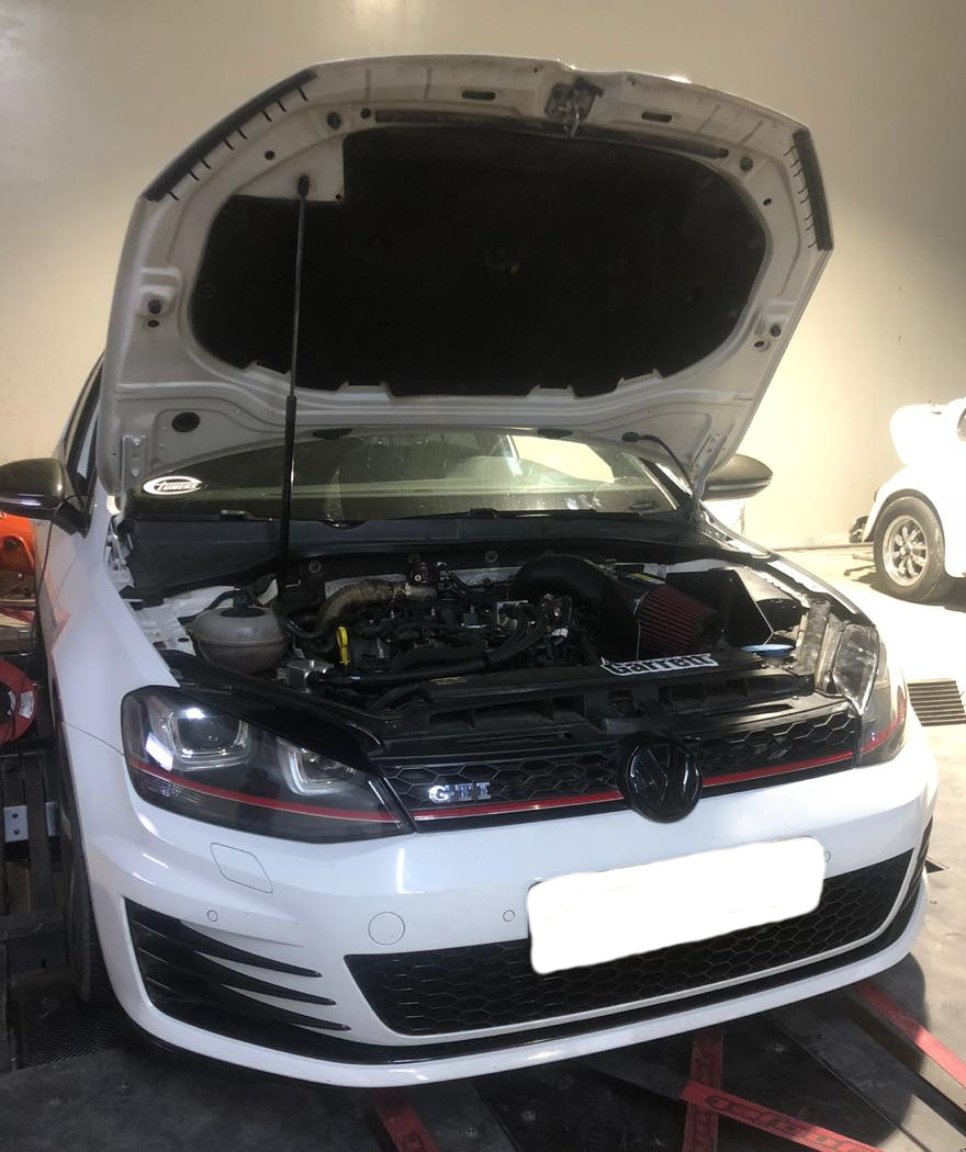 VW Golf 7 GTI 2.0TSI - Stage3 Boss500 GTX28 98RON - Etuners remap
