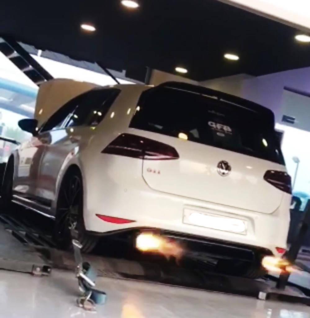 VW Golf 7 GTI Clubsport 2.0TSI - Etuners Stage2 ECU remap on dyno custom tuning